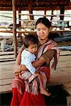 Mère et bébé, Karen Nation, Thaïlande