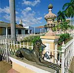 Dog Statue, Plaza Mayor, Trinidad, Cuba