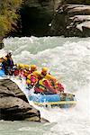 Rafting le long de la rivière Shotover, Queenstown, île du Sud, Nouvelle-Zélande