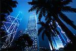 Grattes-ciel de nuit, Hong Kong, Chine