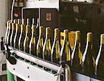 usine de mise en bouteille de Champagne