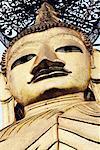 Statue de Bouddha, Wat Indrawihan, Bangkok, Thaïlande