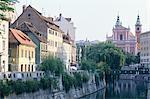 Slovenia, Lubiana, houses along Ljubjanica river