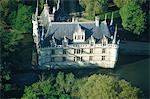 France, Touraine, Azay le Rideau, vue aérienne du château