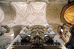 Espagne, Andalousie, Grenade, cathédrale, orgue et voûte sculptée