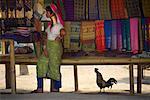 Femme Padaung vente Textiles, Thaïlande