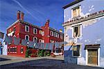Maisons et corde à linge, l'île de Burano, la lagune de Venise, Italie
