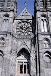 France, Auvergne, Clermont Ferrand, la cathédrale, la porte