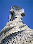 Espagne, Barcelone, la Casa Milà, la cheminée principale