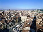 Italie, Verona, Piazza delle Erbe, marché