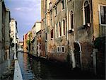 Italie, Venise, petit canal