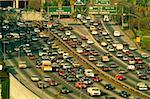 Frais généraux de grande circulation sur autoroute.(Los Angeles, Californie)