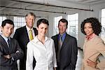 Portrait de groupe de gens d'affaires