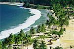 Vue panoramique sur la plage de Maracas sur une journée ensoleillée, Trinidad, Caraïbes