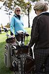 Frauen, Golfen