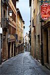 Rue étroite à Ségovie, Espagne