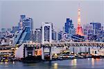 Skyline de Tokyo au crépuscule, Tokyo, Japon