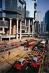 Trafic sur Queensway Road, Hong Kong, Chine