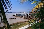 Bateaux de pêche amarrés, Yangon, Myanmar