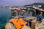 Maisons sur la rive du fleuve, rivière Cai, golfe de Thaïlande, Nha Trang, Viêt Nam