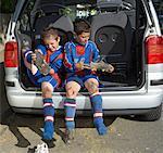 Enlever les chaussures des joueurs de football