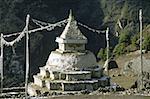 Népal, Solu Khumbu, Namche Bazar, stupa