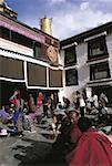 China, Tibet, Lhasa, Jokhang Monastery, faithful at prayer