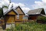 Romania, Moldavia, province of Bukovina, traditional dwelling and water well