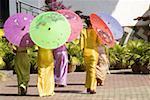 Xishuangbanna, Yunnan, la Chine, près de Jinghong, parc de minorité Dai, jeunes femmes Dai