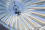 En regardant vers le haut Centre Sony plafond, Potsdamer Platz, Berlin, Allemagne