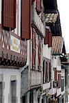 France, Aquitaine, La Bastide-Clairence, maison à colombages