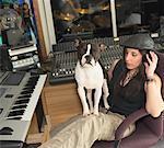 Femme en Studio d'enregistrement
