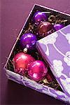 Boîte de décorations de Noël