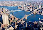 Ponts de Manhattan et de Brooklyn au-dessus de la rivière Hudson, New York City, New York, États-Unis