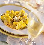 capon fazzolettini with white Alba truffle