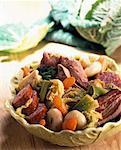Bollito misto potée aux choux et porc saucisse