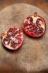 Zwei Hälften der Granatapfel