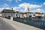 Pont sur la rivière Limmat, Zurich, Suisse