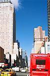 Wagons en mouvement sur un road, Ninth Avenue, Manhattan, New York City, New York State, États-Unis