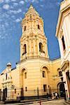 Vue d'angle faible d'une église, église de Saint-Domingue et de couvent, Lima, Pérou