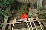 Brunnen, Fushmi Inari-Taisha-Schrein, Kyoto, Kansai, Honshu, Japan
