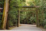 Porte du torii, sanctuaire d'Ise, Kansai, Honshu, Japon