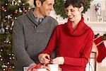 Couple emballage cadeaux