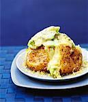 Pommes de terre veste avec fromage et poireaux