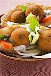 (Bälle Küken-Phenylethylamin) Falafel in Fladenbrot