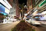 Rue Nathan à la nuit, Kowloon, Hong Kong, Chine