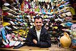 Schuhe zu verkaufen, Medina von Fes, Marokko