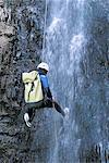 Réunion, le cirque de Cilaos, canyoning dans une chute d'eau