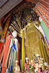 Chine, province du Shanxi, temple bouddhiste de la « golden palace », mille bras Bouddha