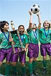 Jungen-Fußballmannschaft zu gewinnen